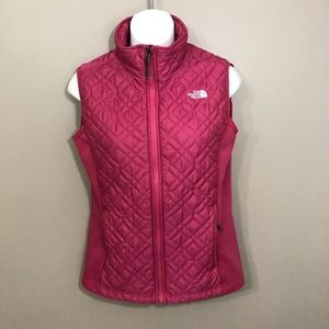 North Face pink fitted vest S